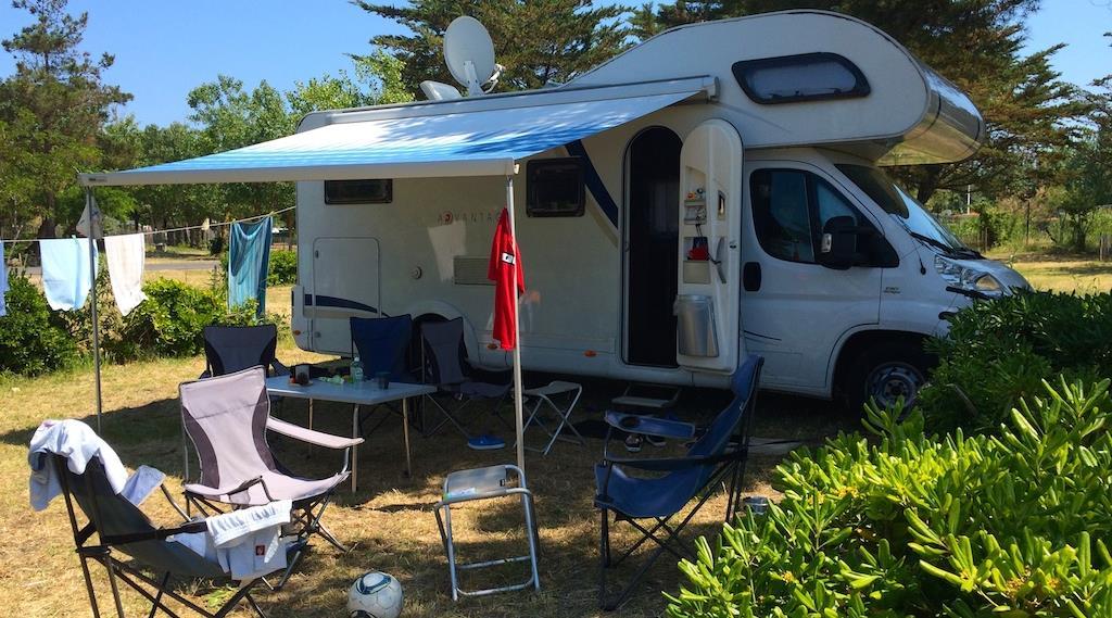 Camping en bord de mer m diterran e marseillan plage for Camping en espagne bord de mer avec piscine
