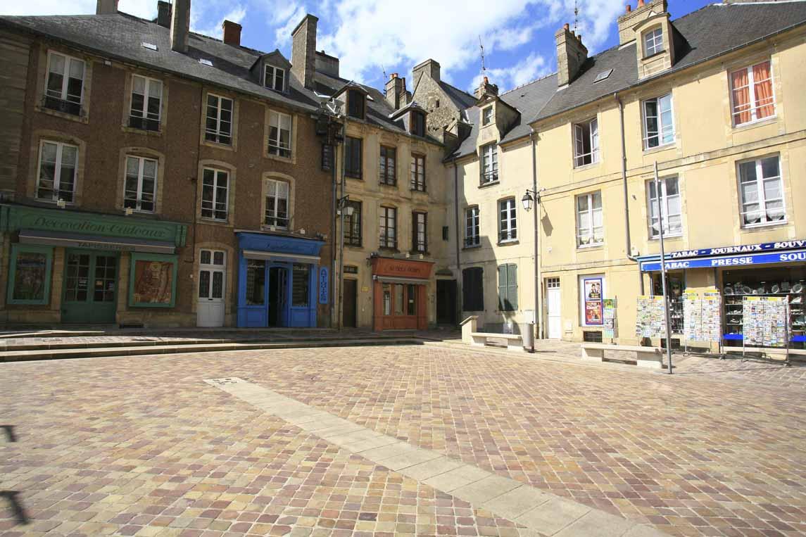 place de la cathédrale à Bayeux