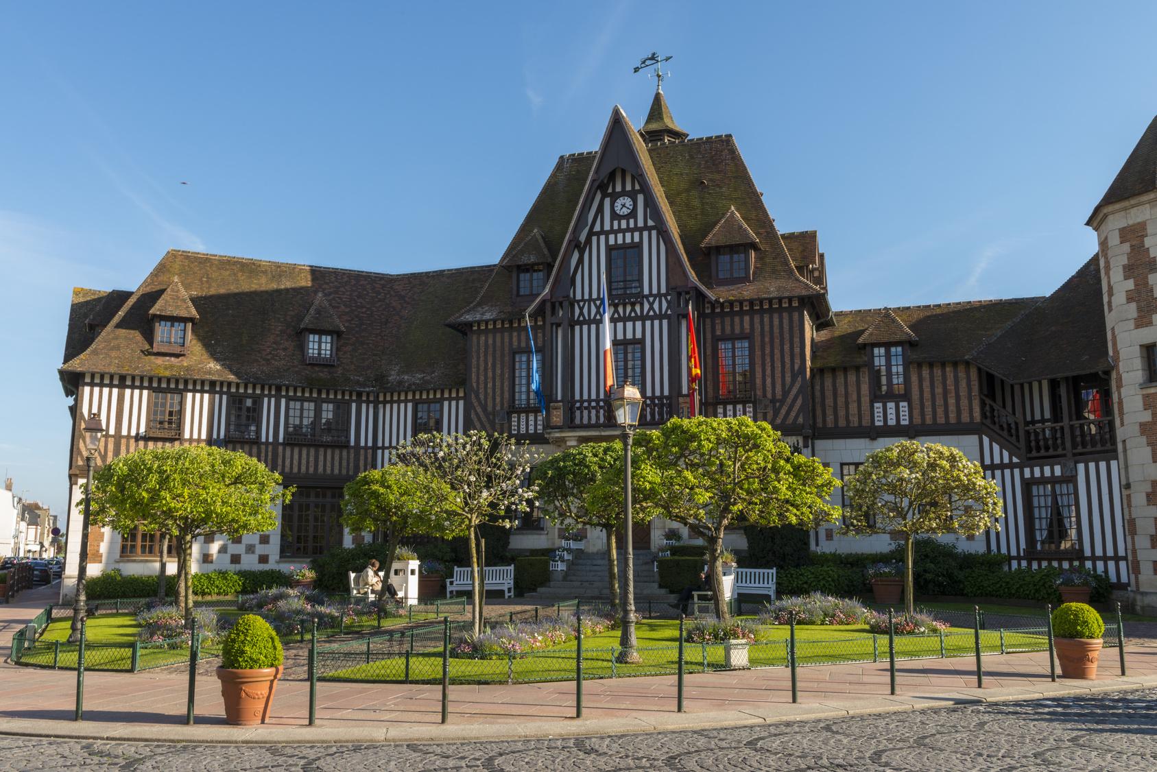 La mairie de Deauville en Normandie