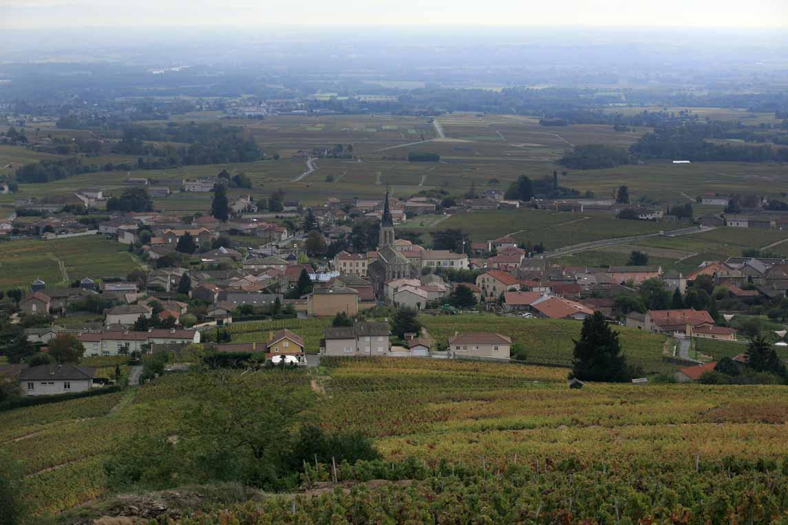 Le village de Fleurie au cœur du vignoble du Beaujolais
