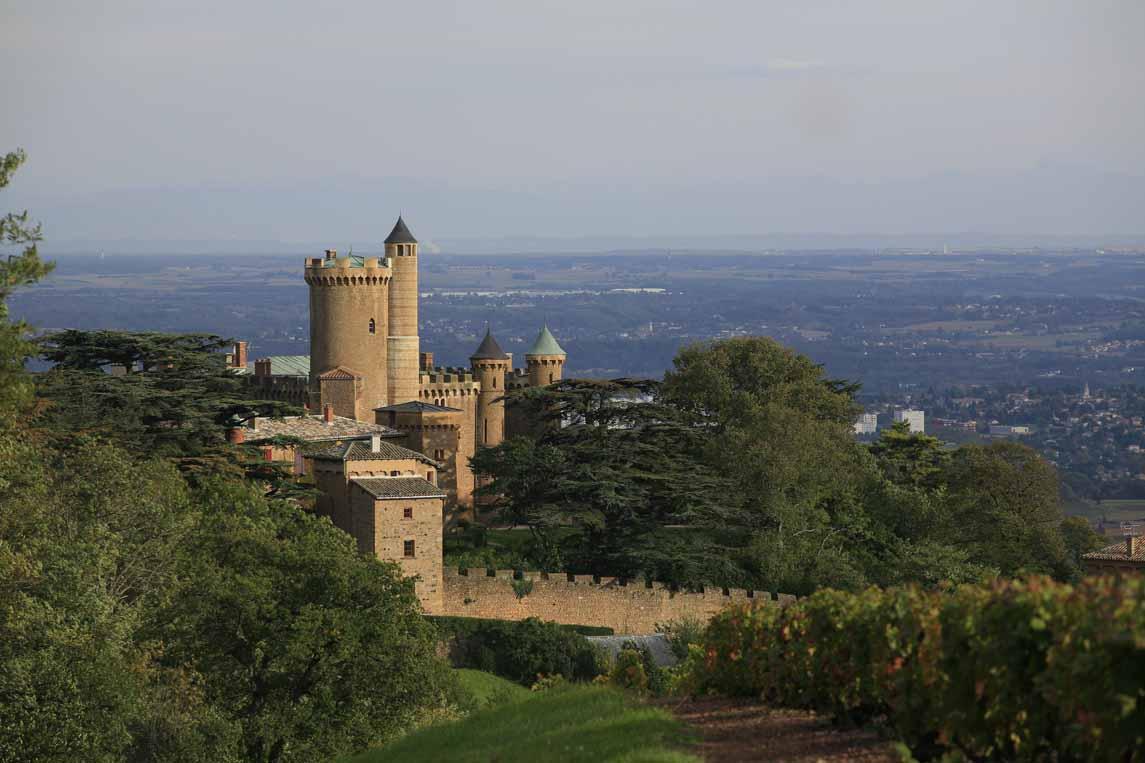 Le château de Montmelas, ancien site des sires de Beaujeu