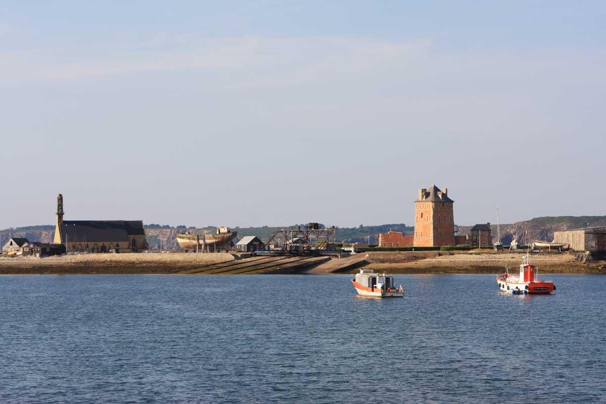 Le port de Camaret et la tour Vauban - François Bordonneau