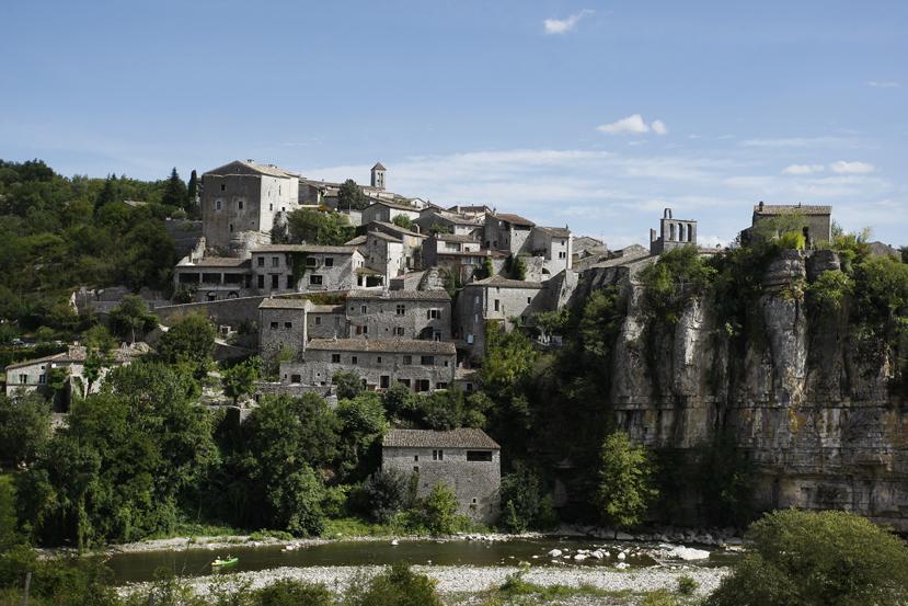 Balazuc, village perché sur les bords de l'Ardèche