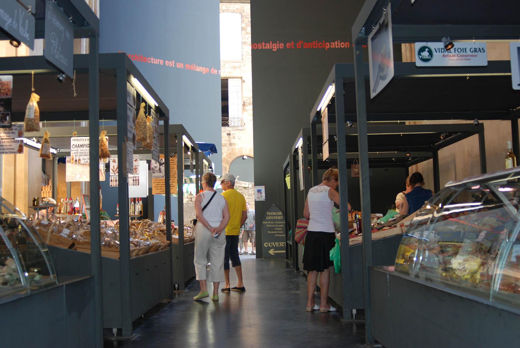 Marché Sarlat intérieur