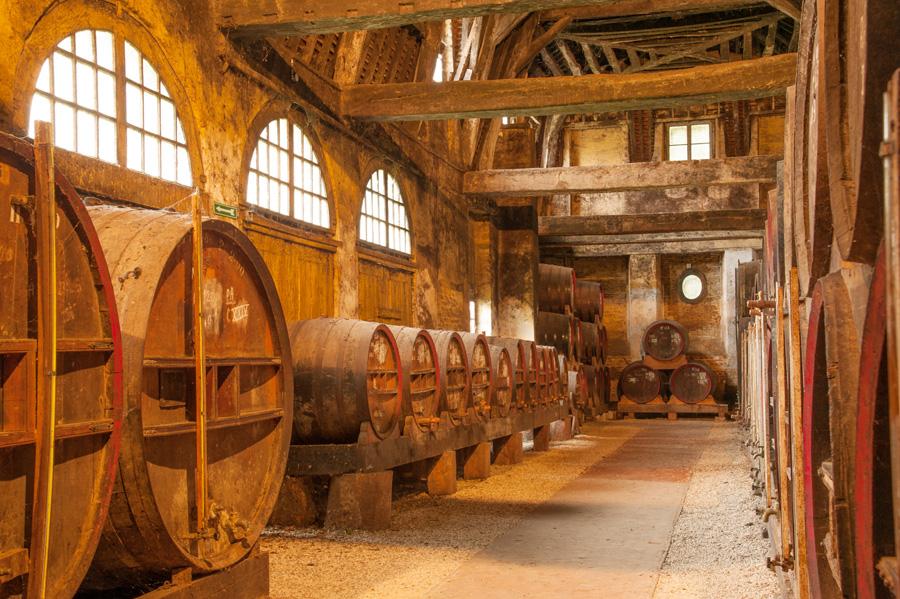La plus grande distillerie de calvados de Normandie se trouve dans l'Eure