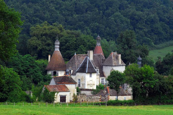 Le château classé du Vieux Bost à Besson