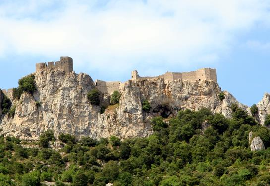 Le château de Peyrepertuse, château cathare dans l'Aude