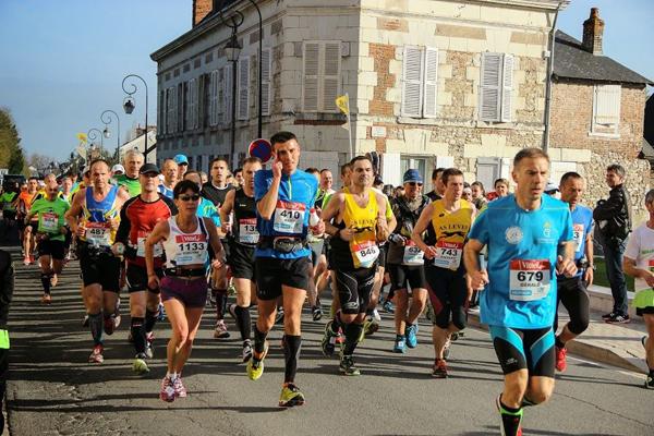 Le parcours du Marathon de Cheverny permet de visiter Cour-Cheverny