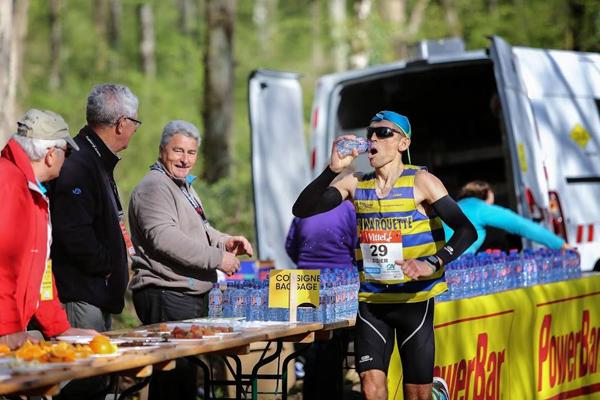 Ravitaillement au Marathon de Cheverny