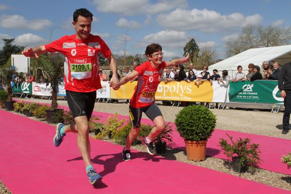 Le Marathon de Cheverny se court dans une ambiance chaleureuse et conviviale