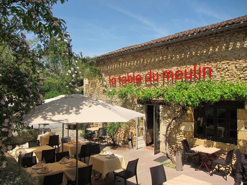 Le restaurant du camping Le Moulin de David à Monpazier en Dordogne