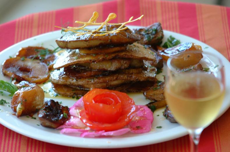 Le tastou, un plat typiquement gascon à base de foies frais