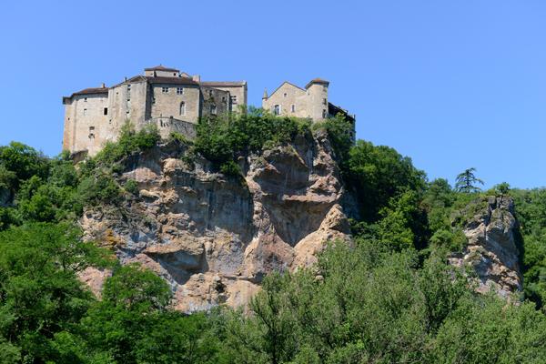 Le château de Bruniquel dans le Tarn-et-Garonne