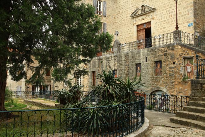 L'église du village de Joyeuse en Ardèche