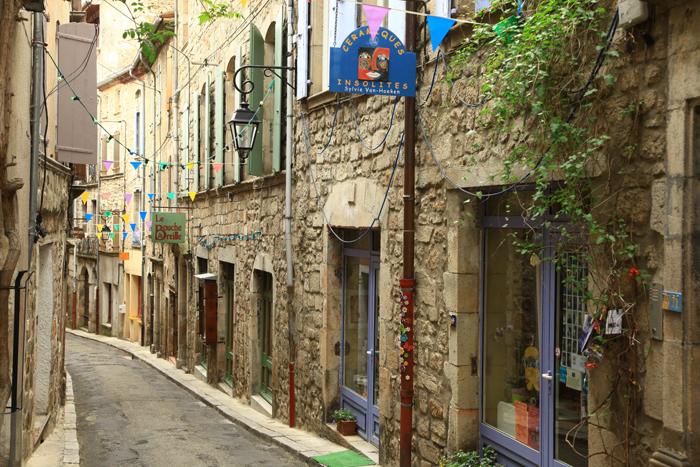 Dans le bourg médiéval de Joyeuse