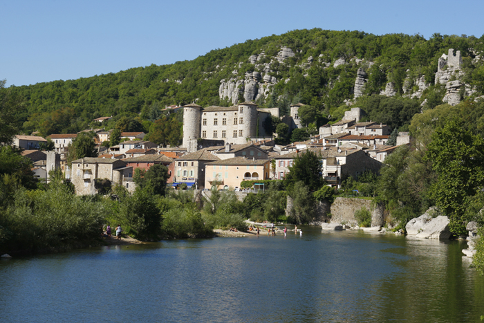 Voguë, l'un des plus beaux villages de France