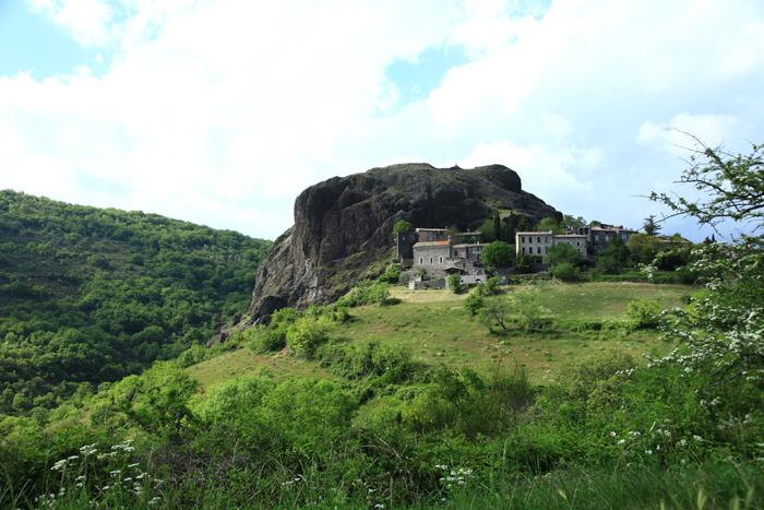 Le plateau du Coiron, l'une des plus belles routes d'Ardèche