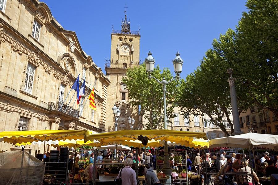 La place de l'Hôtel de Ville d'Aix-en-Provence