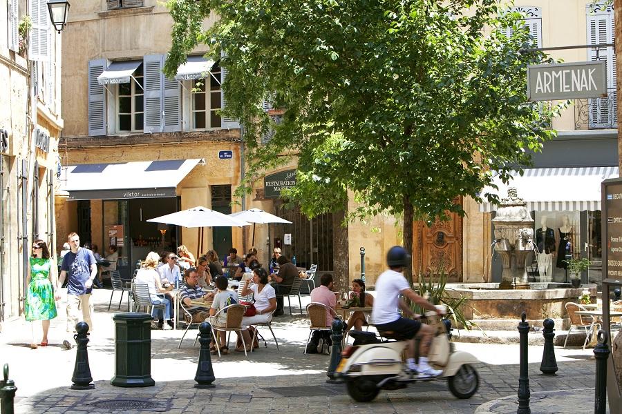 La place des Trois Ormeaux à Aix-en-Provence