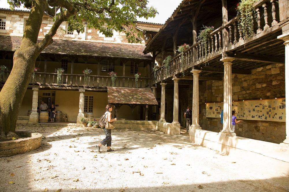 Le cloître des Récollets abrite la maison des Vins de Bergerac