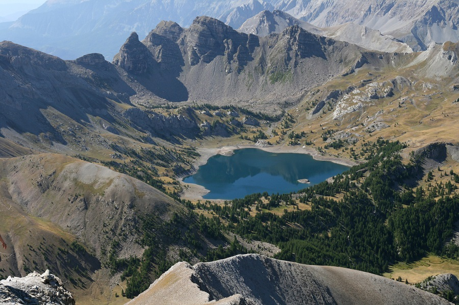 Le lac d'Allos dans le Massif du Mercantour