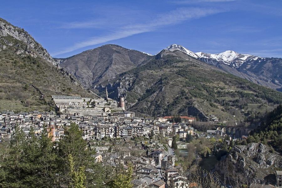 Le village de Tende dans la Vallée des Merveilles