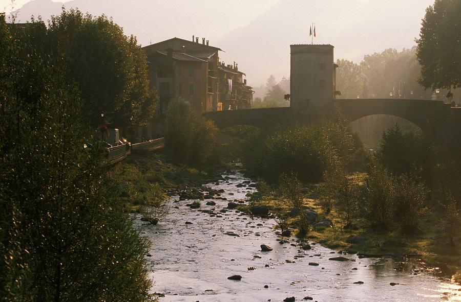 Le vieux pont à péage de Sospel