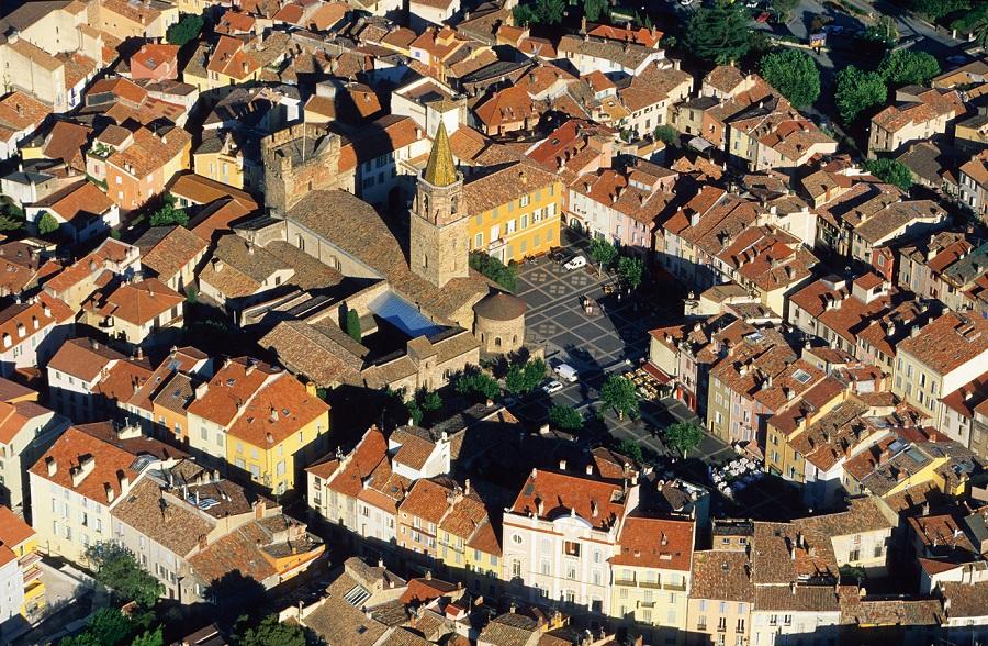 Vue aérienne de Fréjus dans le Var