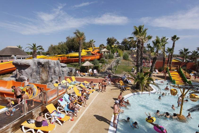 La plupart des établissements possèdent une piscine