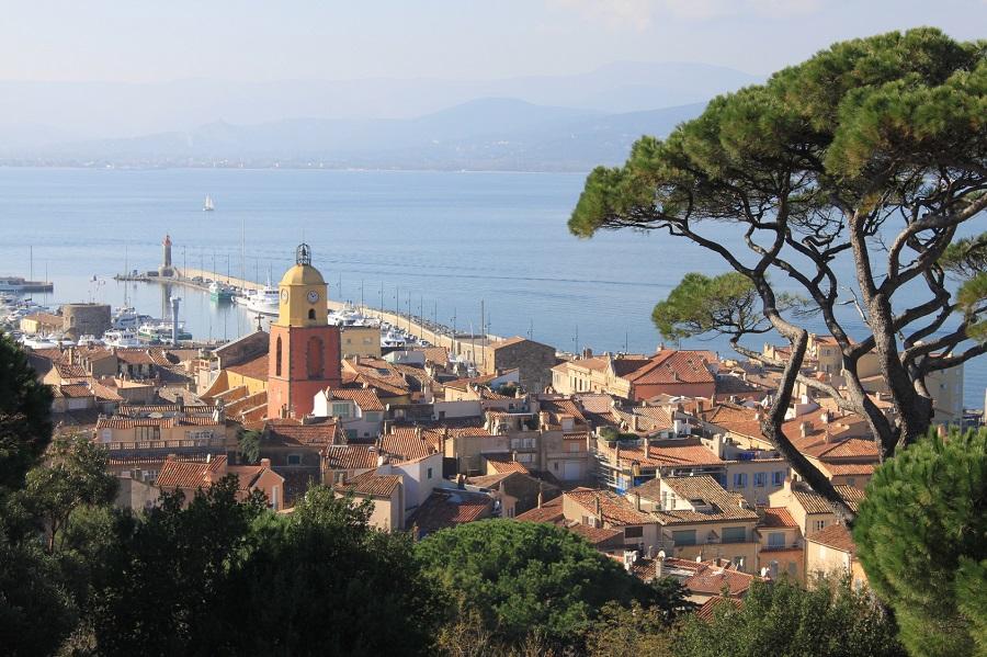 Saint-Tropez, célèbre village de pêcheurs du Var