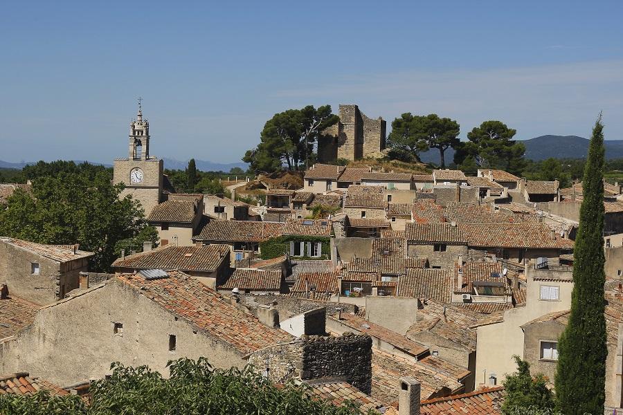Le village de Cucuron dans le Luberon