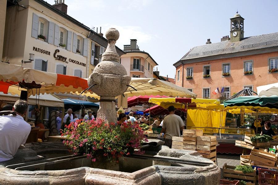 Jour de marché à Embrun
