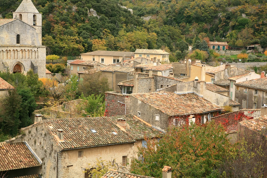 Saignon dans le Vaucluse, village de caractère