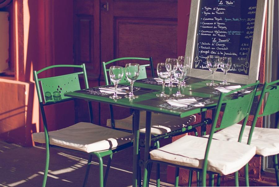 Terrasse de restaurant à Apt
