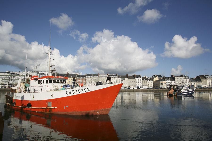 Départ des pêcheurs à Cherbourg