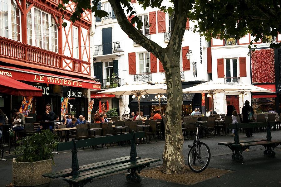 La place Louis XIV à Saint-Jean-de-Luz