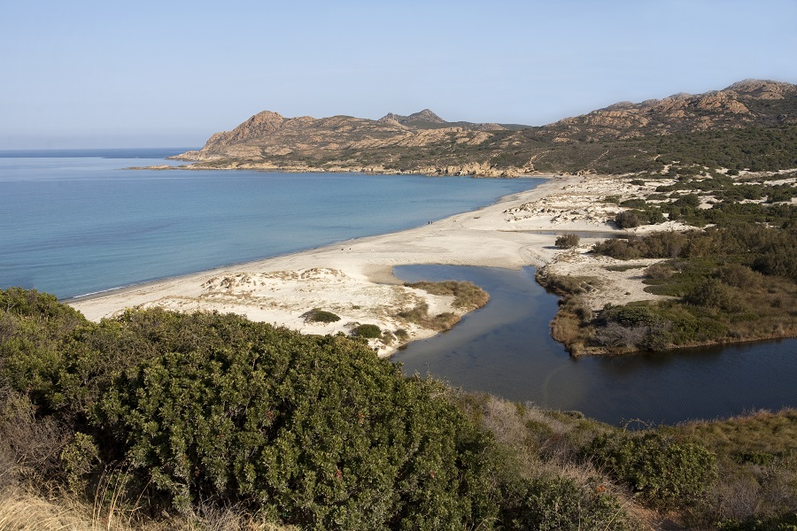 Le littoral des Agriates