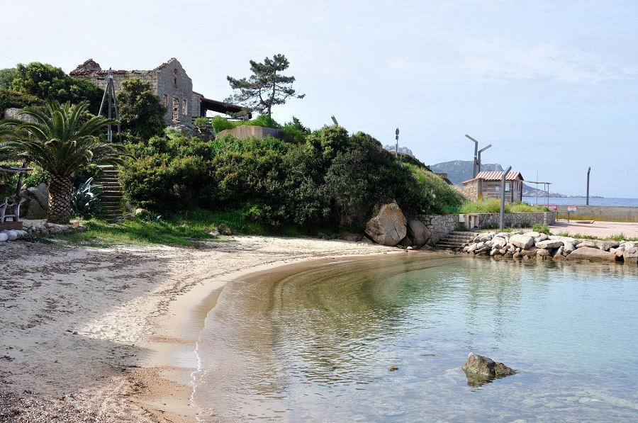Le village de Tizzano en Corse-du-Sud