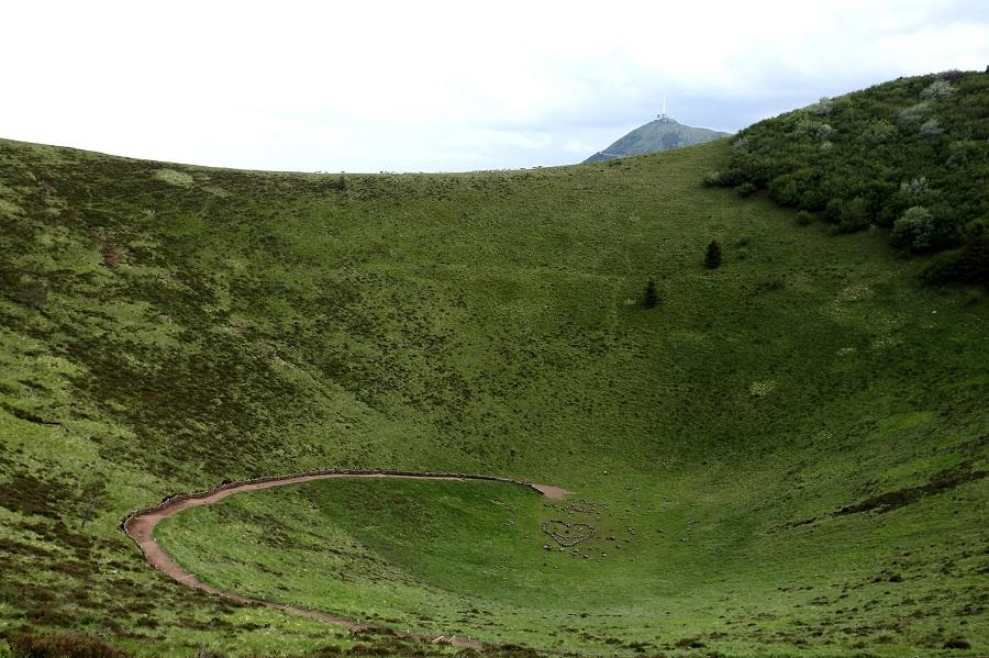 Dans le cratère du puy de Pariou