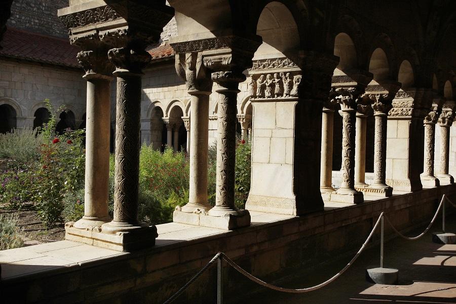 Le cloître de l'église d'Elne