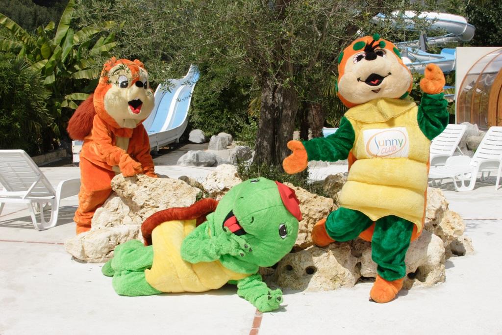 Mascottes des campings de la chaîne Sunêlia