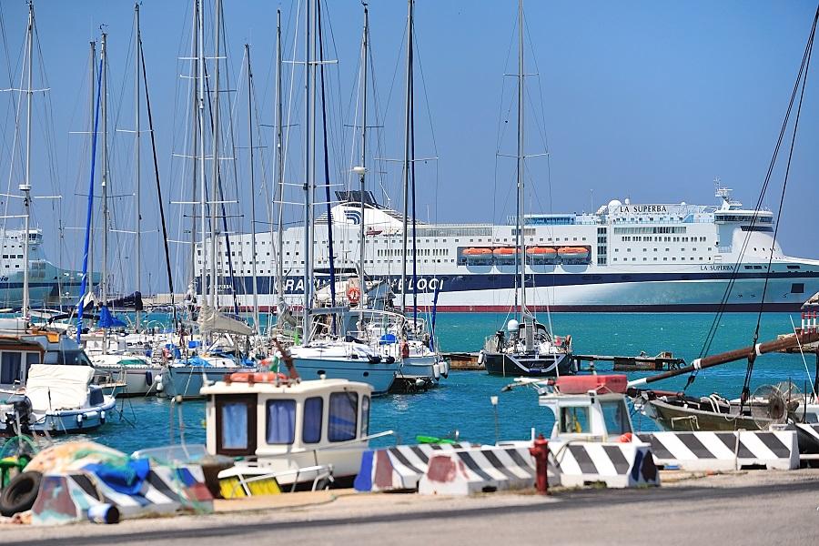 Traversée en ferry de Marseille à la Sardaigne