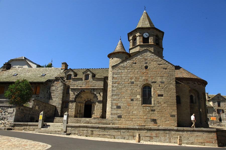 L'église de Nasbinals