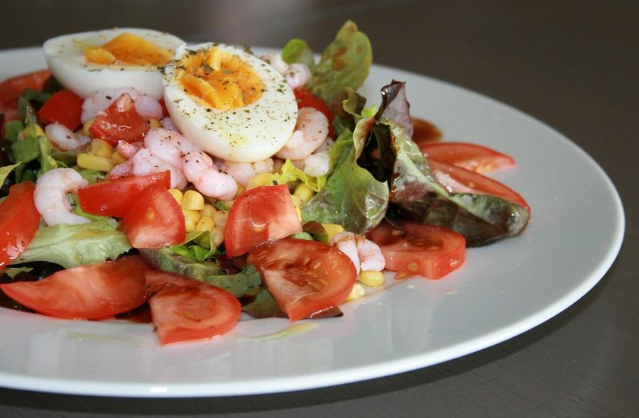 Cuisine au camping : salade composée