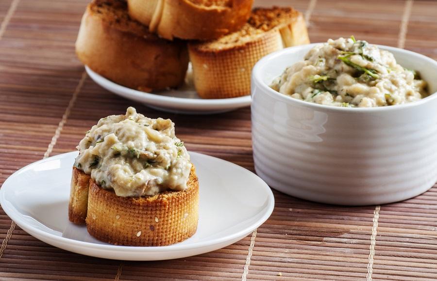 Cuisine au camping : caviar d'aubergine