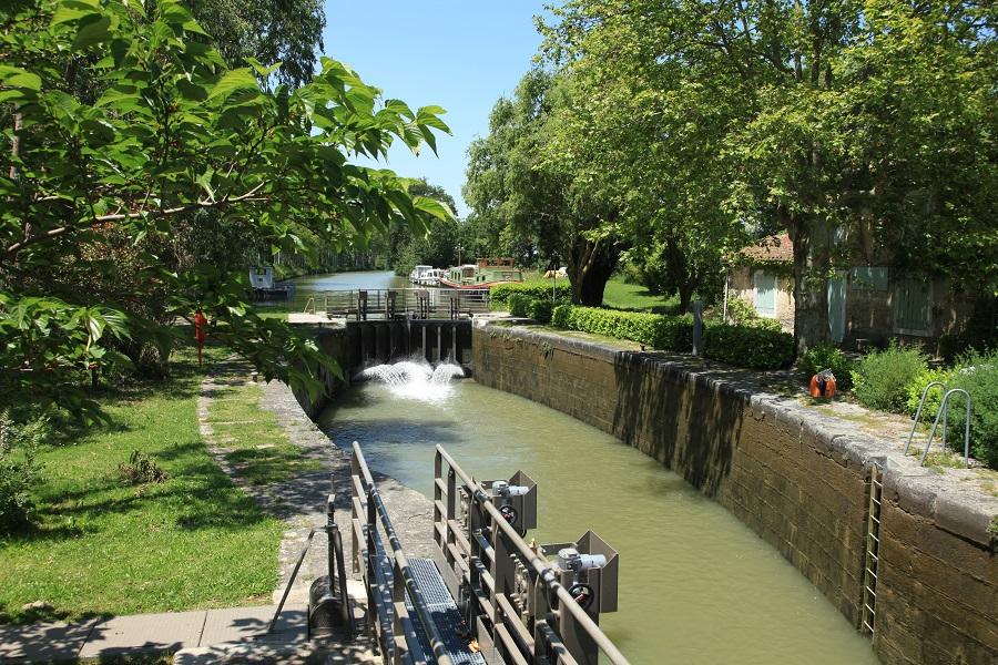 Canal du Midi à Mas-Saintes-Puelles