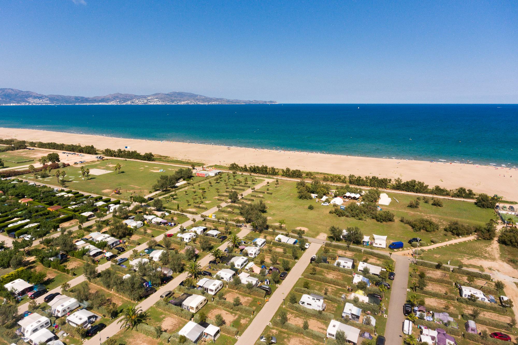 Camping Costa Brava direct access to the beach | Amfora