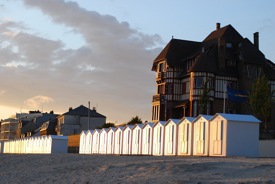 Cabines de bains typiques de la côte picarde