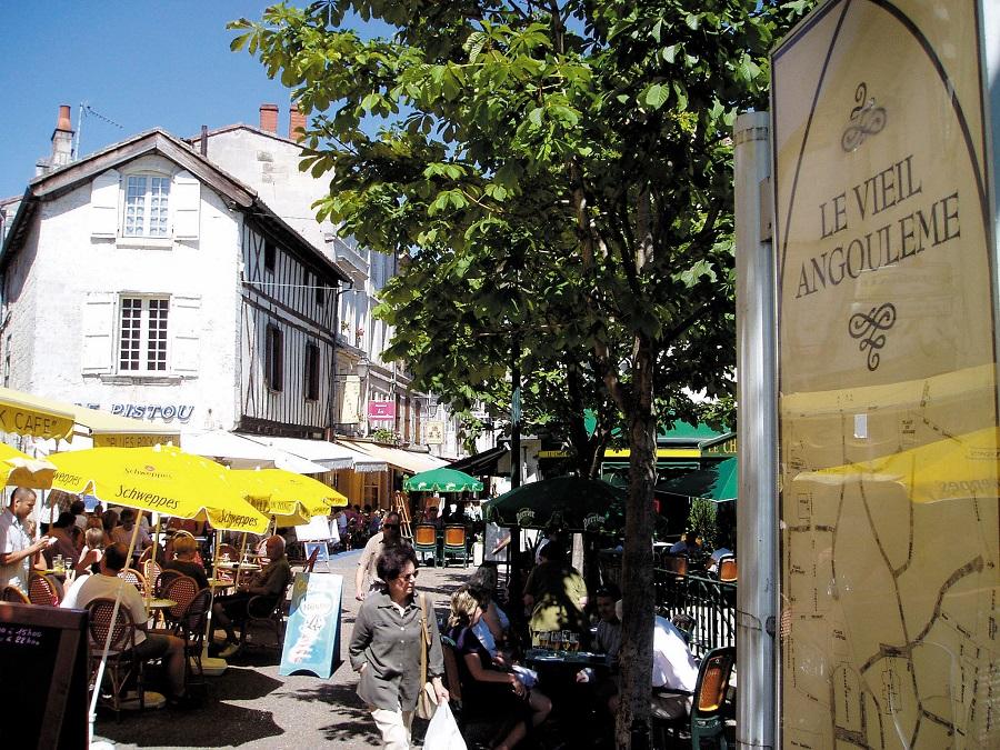 Dans la ville haute d'Angoulême