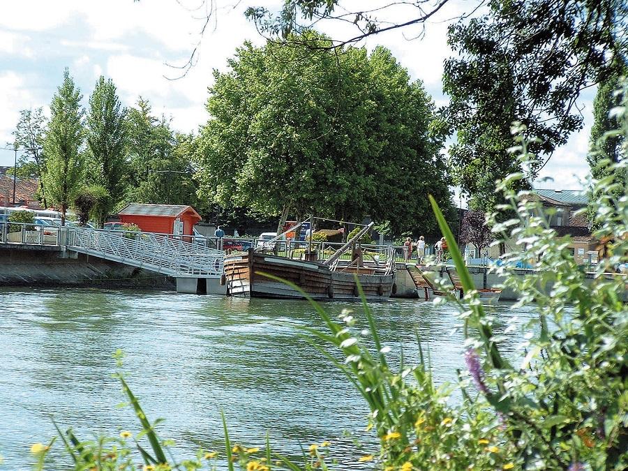 Gabarre sur la Charente à Cognac